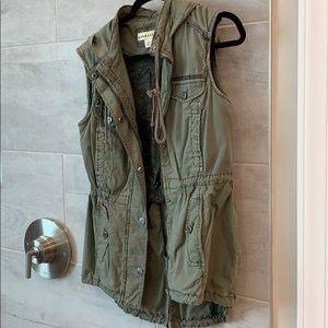 Utility vest by Marrakech